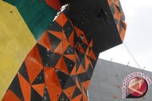 Mantikulore Raih Juara Umum Panjat Tebing