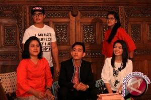 Iriana Jokowi Kenalkan Calon Menantunya