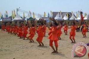 Tari Kolosal Pekan Budaya dan Pariwisata Sulteng