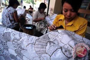 Sulteng Bina 60 Orang Perajin Batik