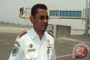 Penumpang di Bandara Mutiara sepi