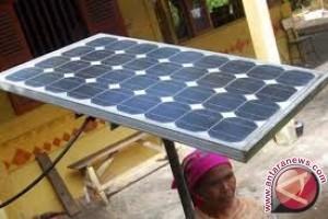 Masyarakat Desa Alul Nikmati PLTS 30 KWp