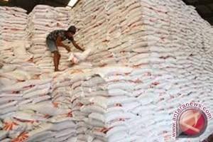 Stok Beras Dan Gula  Bulog Sulteng Memadai