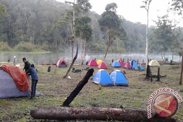 Wisatawan Ke Danau Tambing Capai 14.000