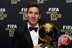 Messi akan nikahi kekasihnya di Argentina