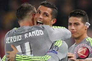 Real Madrid benamkan Granada 4-0