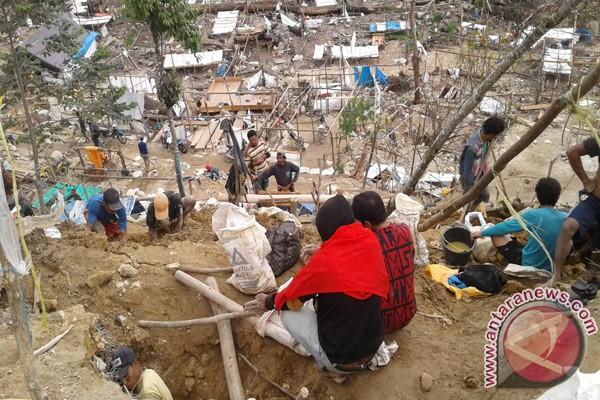 Lokasi Tambang Emas Dongi-dongi Diserbu Penambang