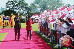 Jokowi disambut