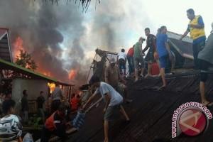 Kebakaran Besar Landa Kolonodale, 15 Rumah Rusak