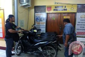 Diduga untuk suap, polisi sita sepeda motor Ketua PAC Demokrat Poso