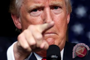 Dolar AS ambruk gara-gara omongan Donald Trump