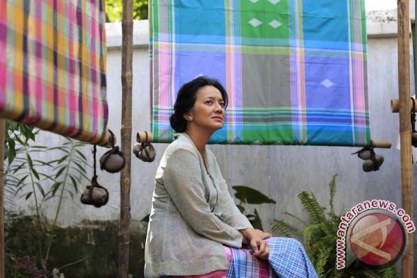 """Putri Jusuf Kalla menangis nonton """"Athirah"""""""
