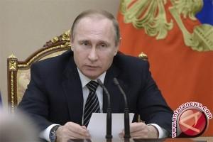 Putin: Rusia kembangkan persenjataan baru untuk hadapi tantangan AS