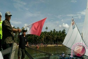 Lomba perahu layar Teluk Tomini dimulai