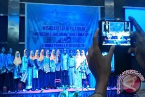 Bank Indonesia Sulteng Wisuda 22 peserta inkubator bisnis