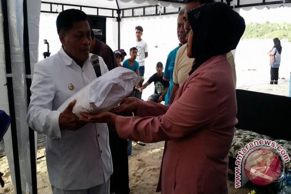 Donggala kembangkan UKM wisata bahari Pantai Kelapa