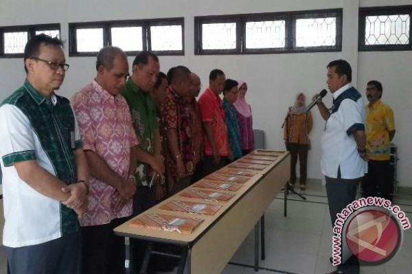 18 staf DKP Sulteng dapat promosi jabatan