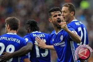 Klasemen Liga Inggris, Chelsea tetap teratas
