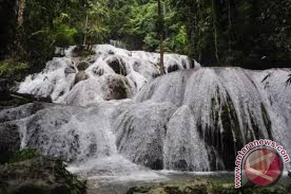 Air Terjun Saluopa Kehilangan Debit 40 Persen