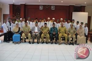Pemkab Parimo kirim santri perdalam hafalan Alquran di Bogor