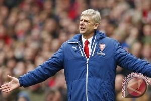 Kahn meneteskan air mata ketika melihat Arsenal kalah
