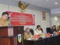 Rapat Evaluasi Raskin - Asisten Perekonomian dan Pembangunan Bunga Elim Somba mewakili Gubernur Longki Djanggola membuka rapat evaluasi raskin 2016 dan sosialisasi program beras sejahtera 2017 se Sulawesi Tengah. (foto:humasgubernur)