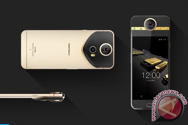 Ponsel ini pakai kamera 360 derajat
