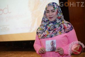 Melly Goeslaw Nangis Bikin Lagu Film Kartini