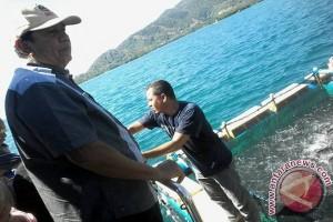Tim Kemenko Maritim Tinjau Budidaya Bandeng Laut Donggala