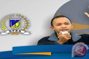 Legislator: Tarif Gudang Bandara Mutiara Sis-aljufri Sepihak