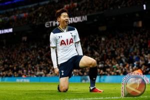 Hasil dan klasemen Liga Inggris: Tottenham ancam Chelsea