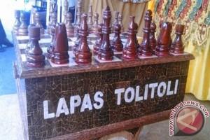 Papan Catur Kelapa Karya Lapas Tolitoli Raih Penghargaan Nasional