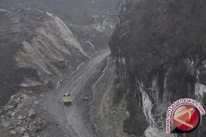 TNI kerjakan jalan Trans-Papua tersulit