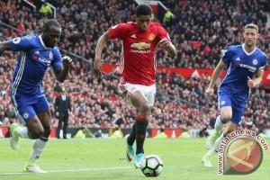 Manchester United pecundangi Chelsea 2-0