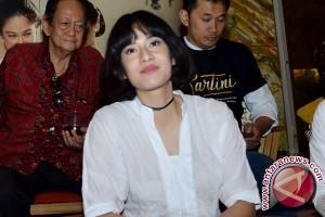 Alasan Dian Sastro telepon suami sebelum akting Kartini