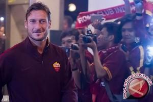 Totti pensiun akhir musim ini tapi masih di Roma