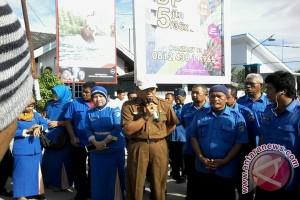 Karyawan PDAM Donggala Tuntut Direktur Mundur