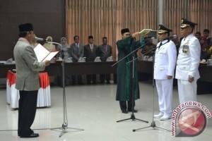 Zainal Mus - Rais Adam dilantik jadi Bupati/Wabub Banggai Kepulauan