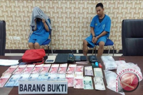 Jadi bandar Narkotika, Pasutri ini Ditangkap BNNP Sulteng