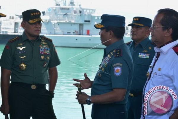 Panglima TNI tinjau pembangunan Dermaga Kapal Selam Palu