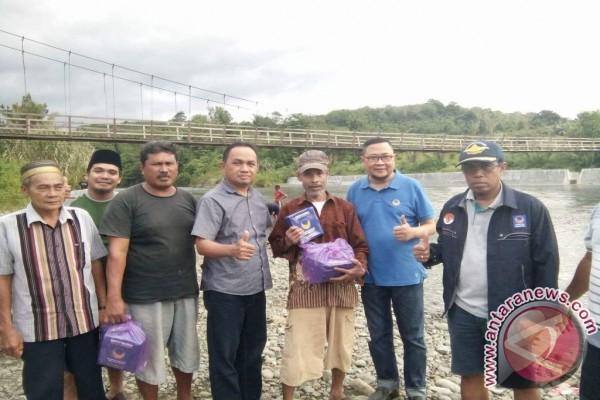 warga Enam Desa Terpencil Dapat Bantuan Dari Nasdem