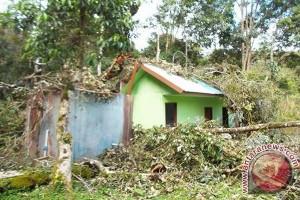 Wisata Danau Tambing Ditutup Karena Gempa