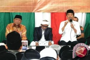 Di depan santri, Jokowi ingatkan jaga persaudaran sebangsa