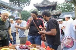 Mencicipi menu iftar di dataran Tiongkok
