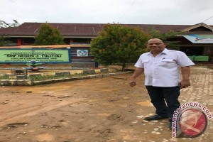 Legislator Salurkan Bantuan Korban Banjir Di Tolitoli