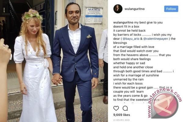 Sejumlah artis unggah foto pernikahan Ario Bayu-Valentine di Instagram