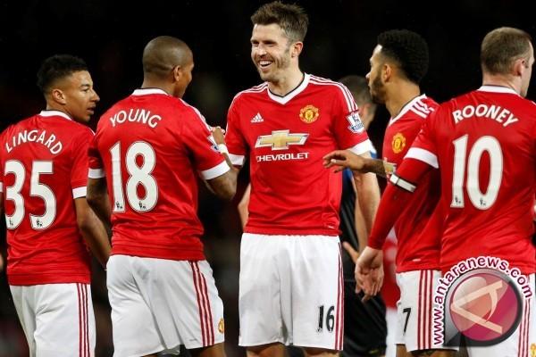 Gantikan Rooney, Carrick kapten baru Manchester United