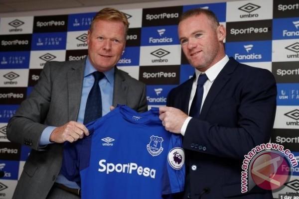 Kembali berseragam Everton, Rooney akan tampil di Afrika Timur