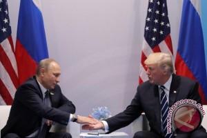 Ketika Trump dan Putin akhirnya bertemu muka