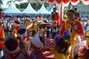 Menteri Yohana : Senang Bertemu Anak-anak Sulteng